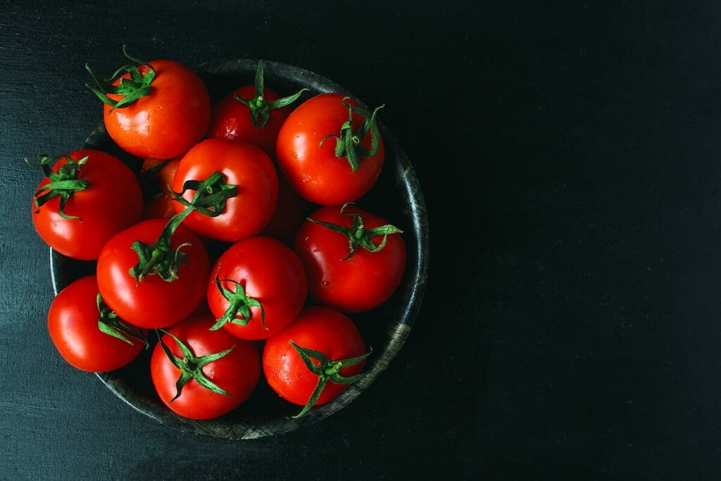 tomatoes for pizza