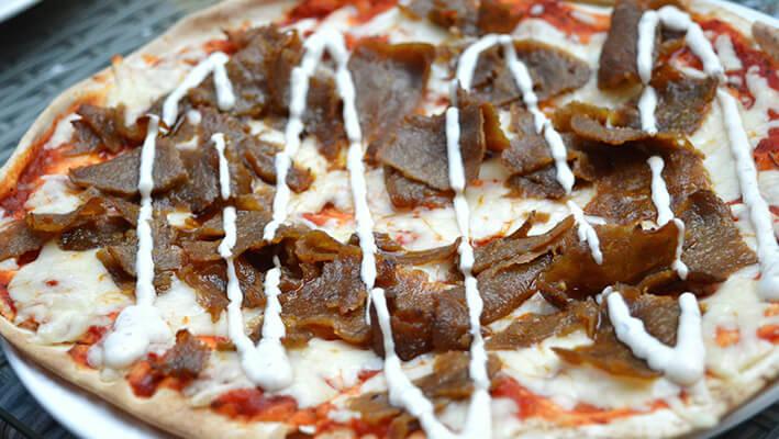 Swedish Döner Pizza